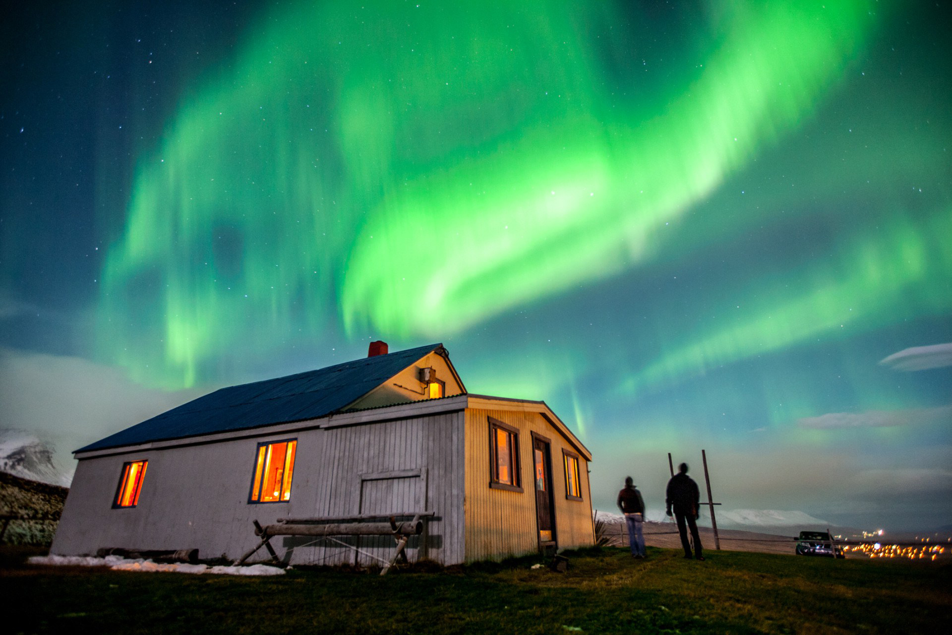 northern-lights-iceland-arctic